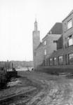 1976-10355 Gezicht op het R.K. Lyceum voor Meisjes (later Emmauscollege) aan de Breitnerstraat, op de achtergrond de ...