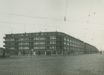 1976-11149 Marconiplein met op de achtergrond rechts de Mathenesserweg.