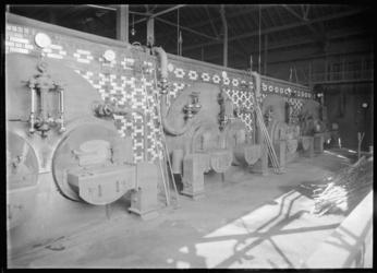 1976-11652 Het ketelhuis in het interieur van het bedrijfsgebouw Meneba, N.V. Meelfabrieken der Nederlandsche Bakkerij ...