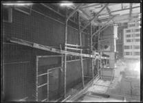 1976-11706 De Botersloot met de verbouwing van de Rotterdamsche Spaarbank.