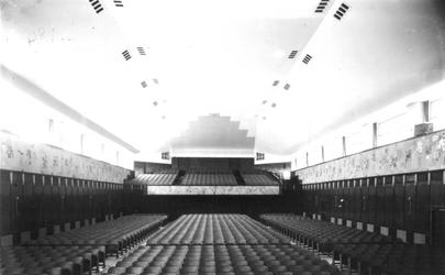 1976-11733 Vernieuwde concertzaal van De Doelen aan de Coolsingel.
