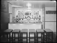 1976-5000 Interieur van café Beijer.