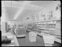 1976-6334 Interieur van de supermarkt Albert Heijn aan de Nieuwe Binnenweg 276.