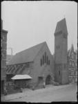 1976-6369 De Sint Petruskerk aan de Schoonderloostraat.