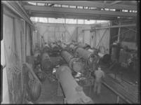 1976-6620 Interieur van het fabrieksgebouw Maatschappij tot staal- en ijzerbewerking Korpershoek N.V. aan de ...