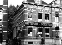 1976-6925 Instituut Schoevers aan de noordzijde van de Nieuwe Binnenweg 163