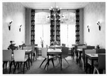 1976-8032 Internieur het hotel Schnack, aan de Mathenesserlaan 251