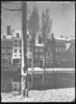 2008-3354 Huizen langs de besneeuwde Linker Rottekade.