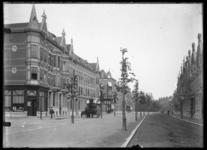 2008-5241 Gezicht in de Schietbaanlaan. Links hoek van de Jan van Vuchtstraat. Op de achtergrond de 's-Gravendijkwal.