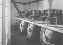 X-11-192-05 Bouw van de Maastunnel.Onder de ventilators en boven de electromotoren voor de aandrijving.