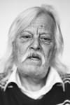 9 'Stadsgezichten' is een project van fotograaf Frank Penders uit 2012. Voor Stadsgezichten fotografeerde Penders ...