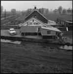 10003 Huis met tekst Jezus komt, langs de spoorbaan ter hoogte van Capelle aan den IJssel.