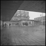 10108 Doorkijkje winkelcentrum Koperwiek in Capelle aan den IJssel.