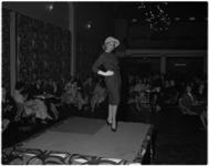 1011-2 De Rotterdamse mode-ontwerper Cargelli geeft grote lustrumshow in het Flevo-restaurant.