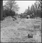 10183 Bergen zand tijdens grondwerkzaamheden op de 's-Gravenweg.