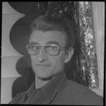 10323-2 Portret van cineast Karel Borgers.
