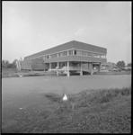 10342-1 Exterieur van Scheffer Kleding NV aan de Kerkdreef 1 in Krimpen aan den IJssel.