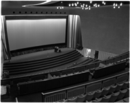 1091-3 Interieur van het nieuwe Scalatheater aan de Westblaak dat door burgemeester Van Walsum werd geopend.