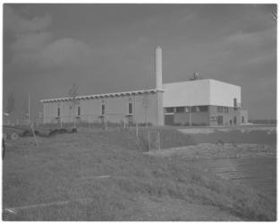 11158-1 Exterieur van drinkwaterleidingpompstation aan de Provinciale weg in Bergambacht.
