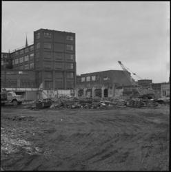 11317 Sloop van Jamin-fabriek in Crooswijk.