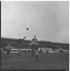 1141 Spelmoment uit de vriendschappelijke voetbalwedstrijd Sparta - Overmaas.