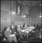 11427-2 Beleidsambtenaren, wethouders en burgemeester W. Thomassen in beeld tijdens de persconferentie over Plan 2000+ .