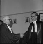 11550 Felicitaties voor mr. G.J.E. Poerink (rechts) bij zijn installatie als vice-president van de rechtbank te ...