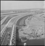 11628 Foto hoog overzicht vanaf de Calandbrug richting Brielse Meer en Harmsenbrug -en in het verlengde daarvan- de ...