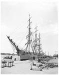 11704 Het Poolse opleidingsschip Dar Pomorza aan de Parkkade.