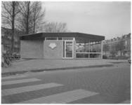 11802 Exterieur van paviljoen 't Singeltje aan het Proveniersplein, op de kop van Stationssingel en de Spoorsingel.