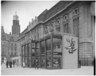 11841 Sigarenzaak van Felix Heijnen, exterieur van het pand voor het postkantoor aan de Coolsingel- hoek Meent.