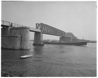 12361 Baanhoekbrug spoorbrug tussen Sliedrecht en Dordrecht over rivier Beneden Merwede.