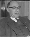 12420 Portret van mr. S.J. van der Hoeven, officier van justitie, hoofd van het arrondissementsparket.