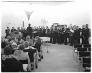 12620 Optreden zangkoor Sursum Corda in de Immanuelkerk in Alexanderpolder.
