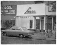 12640 Filiaal kousen- en tricotagebedrijf Lindor aan de 1e Middellandstraat 75.