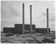 12828 Bouw vuilverwerkingsfabriek AVR in Botlekgebied bij Rozenburg.