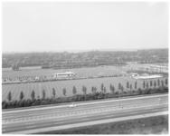 12933 Sportcomplex voetbalvereniging Alexandria '66 aan de Boszoom. Gefotografeerd vanuit de Husleystraat.