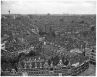 13079 Overzicht van het Oude Westen met o.a. Jozefkerk aan de West-Kruiskade, onder een stukje Diergaardesingel en naar ...