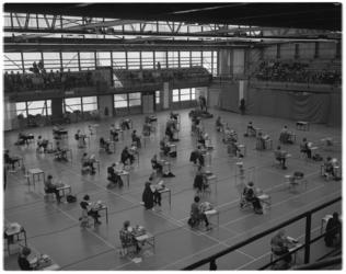13799 Nationaal kampioenschappen machineschrijven in de Energiehal