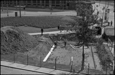 1579-2 Bouw schuilkelder voor de BB op de kop van de Mijnsherenlaan bij het Zuidplein