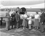 1687 Prijswinnares Overschie krijgt rondvlucht aangeboden vanaf vliegveld Zestienhoven met een toestel van Morton Air ...