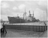 1706 Het Braziliaanse opleidingsschip Custodio del Mello aan de Parkkade.