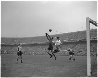 180 Spelmoment voetbalwedstrijd Feyenoord - PSV