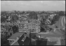 1920-2 Uitzicht vanaf Kralingerhoutflat richting Kortekade en Kralingse Plaslaan.