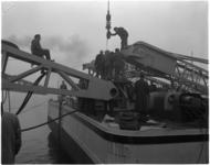1923-3 De Simson, de grootste drijvende stoombok van Tak Bergingsbedrijf in de Benelux, krijgt een vaste plaats in de ...