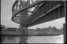 1930-1 Stormstuw voor opening.
