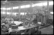 1981 Machinehal bij de N.V. Machinefabriek Braat, gevestigd aan de Doklaan.
