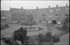 20011-11 Patrimoniumhof in de wijk Bloemhof bestaat 50 jaar.