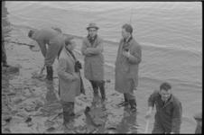 20011-2-5 De politie zoekt naar het moordwapen dat gebruikt is tijdens een dubbele moord aan het Brekelsveld. In het ...