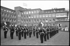 20016-88-9 Muzikaal eerbetoon aan 100-jarig Sophia Kinderziekenhuis door de Marinierskapel.